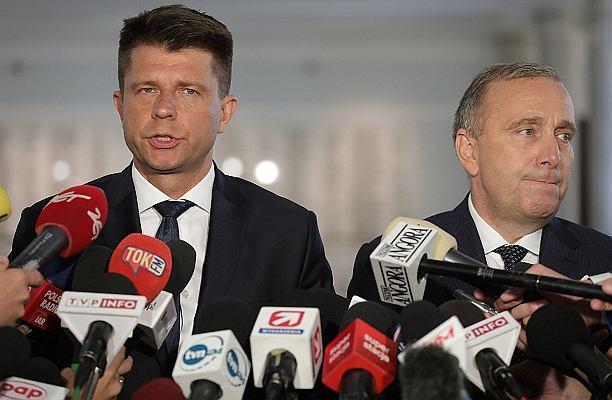 """""""Polski polityk to człowiek o niezdiagnozowanej i nieleczonej krótkowzroczności"""""""