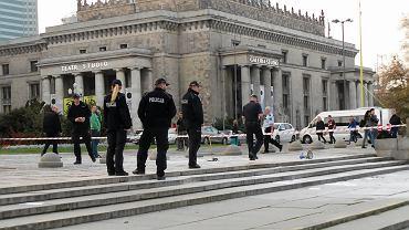 Podpalił się pod Pałacem Kultury, by wyrazić sprzeciw wobec działań PiS. Jego rodzina w emocjach komentuje