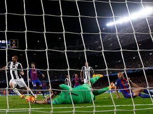 Gra w Barcelonie od 7 lat. Zagrał w ponad 300 meczach. Strzelił pierwszego gola!