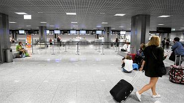 Miliony pasażerów tracą loty, nie tylko przez pogodę. Oto, jak wywalczyć odszkodowanie