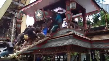 Tragedia na pogrzebie w Indonezji. 40-latka śmiertelnie przygniotła trumna z ciałem jego matki