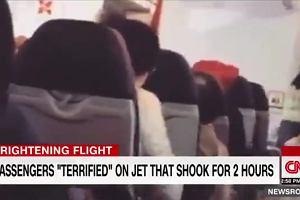 Pilot prosił pasażerów o modlitwę. Samolot AirAsia X trząsł się przez 2 godziny [WIDEO]