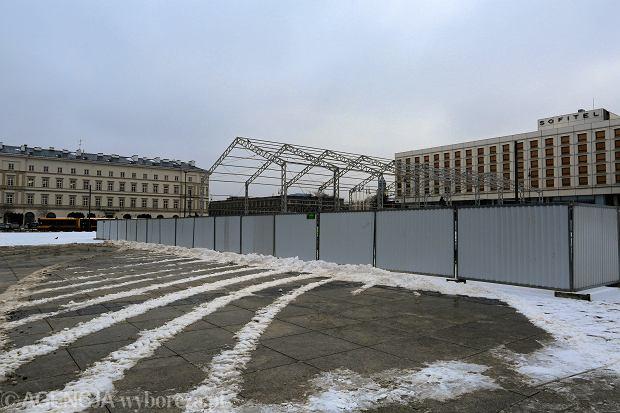 Budowa pomnika smoleńskiego na pl. Piłsudskiego