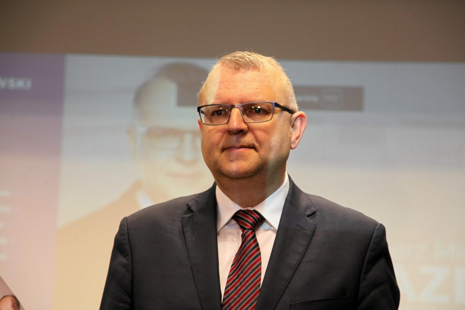 Kazimierz Ujazdowski ogłasza odejście z PiS (fot. Mieczysław Michalak/AG)