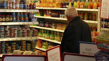 No i się doigrali! 25 sieci handlowych w Polsce będzie się tłumaczyć z zakazu robienia zdjęć cen