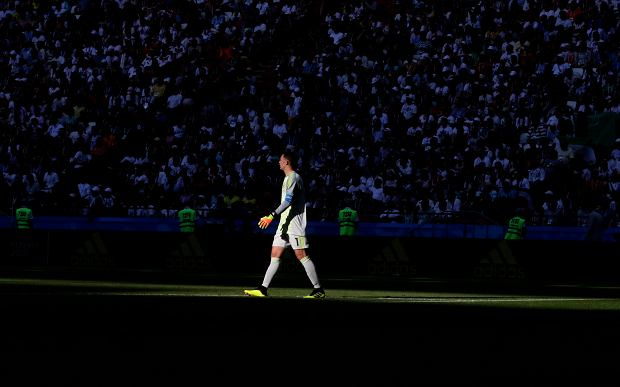 Germany goalkeeper Manuel Neuer walks on the pitch during the group F match between South Korea and Germany, at the 2018 soccer World Cup in the Kazan Arena in Kazan, Russia, Wednesday, June 27, 2018. (AP Photo/Lee Jin-man) SLOWA KLUCZOWE: WC2018KOR;WC2018DEU