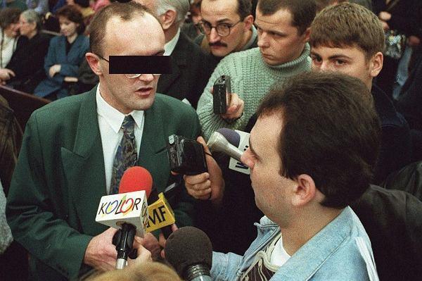 """""""Nie musieli się tak pastwić"""" - mówił sędzia skazując troje młodych ludzi na dożywocie. Człowiek, którego medialną karierę rozpoczął ich proces, też trafił do więzienia"""