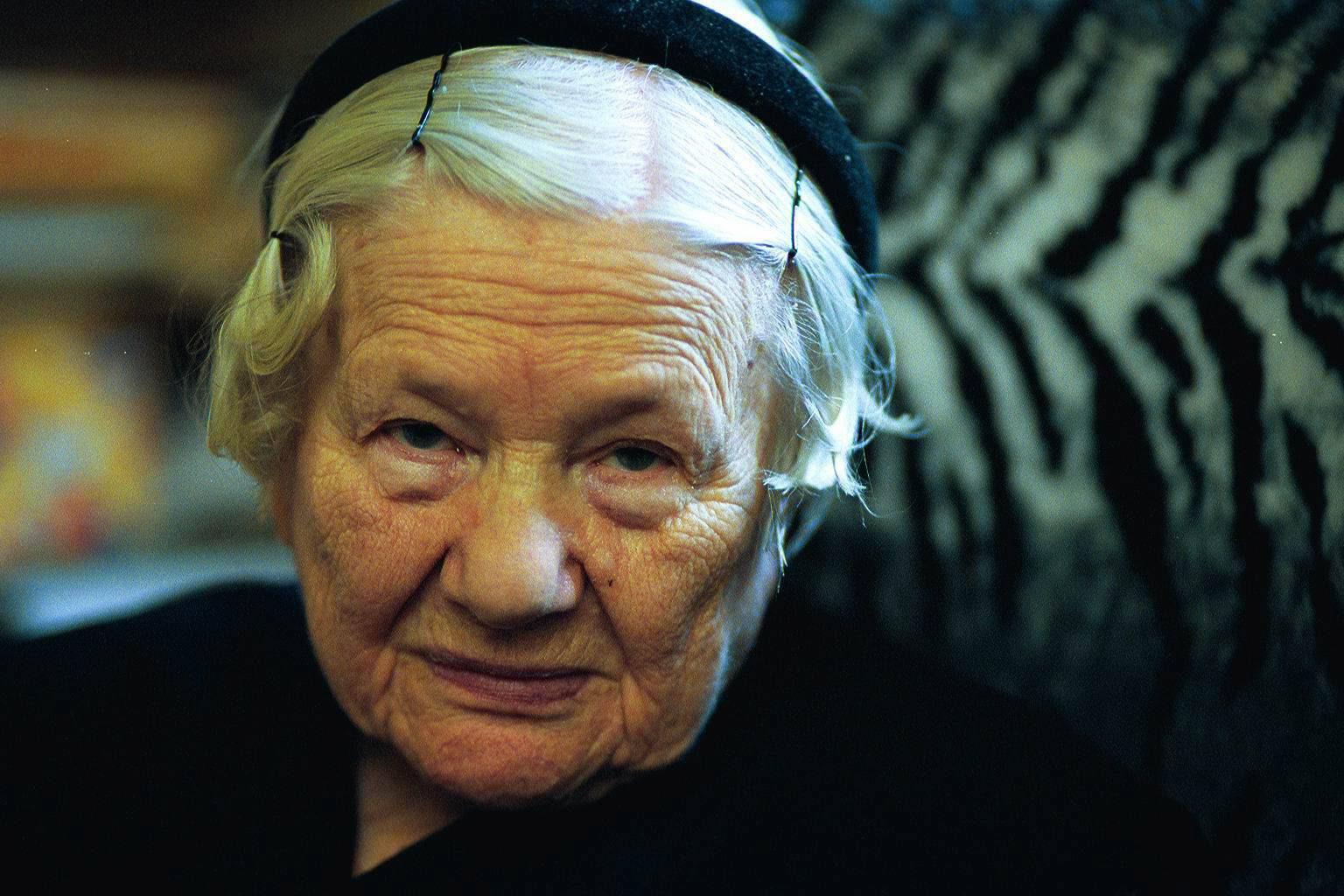 Irena Sendler w 2001 r. (fot. Maciej Zienkiewicz / Agencja Gazeta)