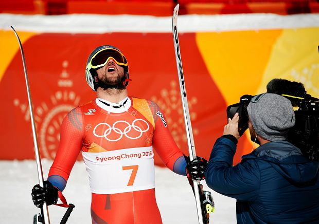 Norway's Aksel Lund Svindal celebrates in the finish area after competing in the men's downhill at the 2018 Winter Olympics in Jeongseon, South Korea, Thursday, Feb. 15, 2018. (AP Photo/Christophe Ena) SLOWA KLUCZOWE: 2018 Pyeongchang Olympic Games;Winter Olympic games;Sports;Events;XXIII Olympiad