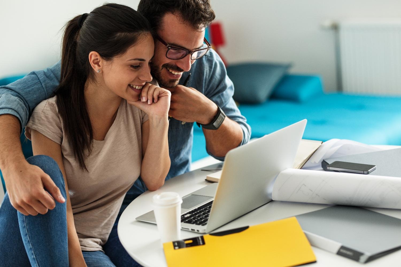 Obszarem, w którym dzisiaj najbardziej pragniemy prostoty, są kwestie finansowe (fot. shutterstock.com)