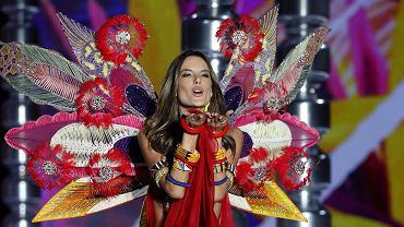 Odbył się największy pokaz w historii Victoria's Secret. Zabrakło gwiazdy wybiegów - nie dostała wizy