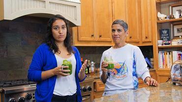 """""""Wyleczyła"""" raka wegańską dietą. Po nawrocie choroby zmarła"""