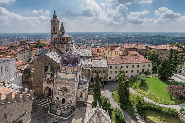 Widok z góry na Capella Colleoni, Bergamo, Fot. iStock