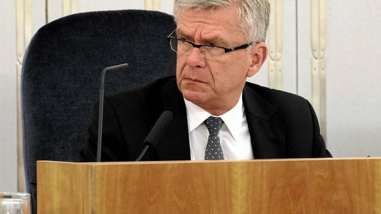 """Marszałek Senatu już zapowiada pilną nowelizację ustawy o Sądzie Najwyższym. """"Drobna pomyłka"""""""