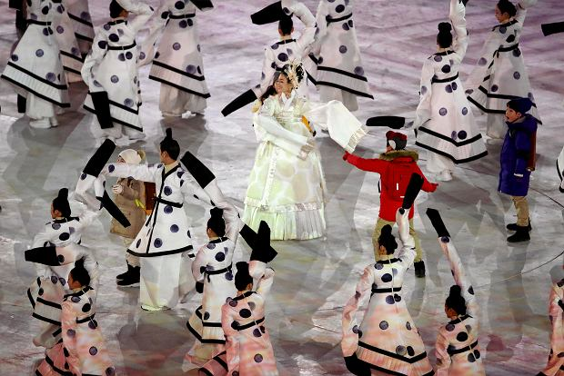 Performers dance during the opening ceremony of the 2018 Winter Olympics in Pyeongchang, South Korea, Friday, Feb. 9, 2018. (Sean Haffey/Pool Photo via AP) SLOWA KLUCZOWE: 2018 Pyeongchang Olympic Games;Winter Olympic games;Sports;Events;XXIII Olympiad