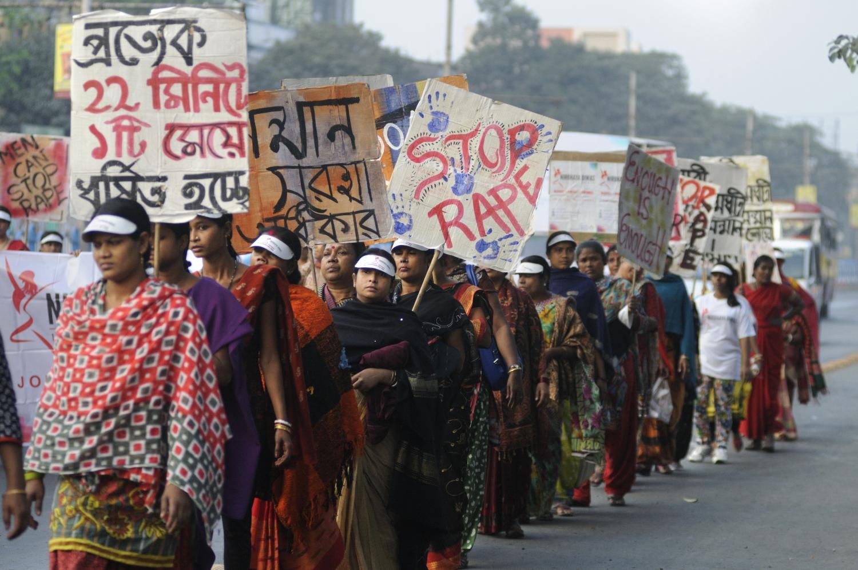 W ostatnich latach sprawy brutalnych gwałtów w Indiach są coraz bardziej nagłaśniane (fot. Shutterstock)