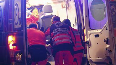 Ale wstyd! Ratownicy medyczni jak złodzieje podczas akcji w stolicy