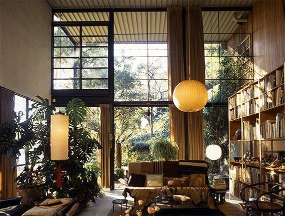 Pracownia Charlesa i Ray Eamesów. Fot. Domena publiczna