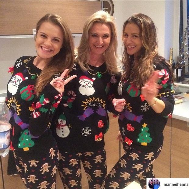 Hanna Mannei z córkami