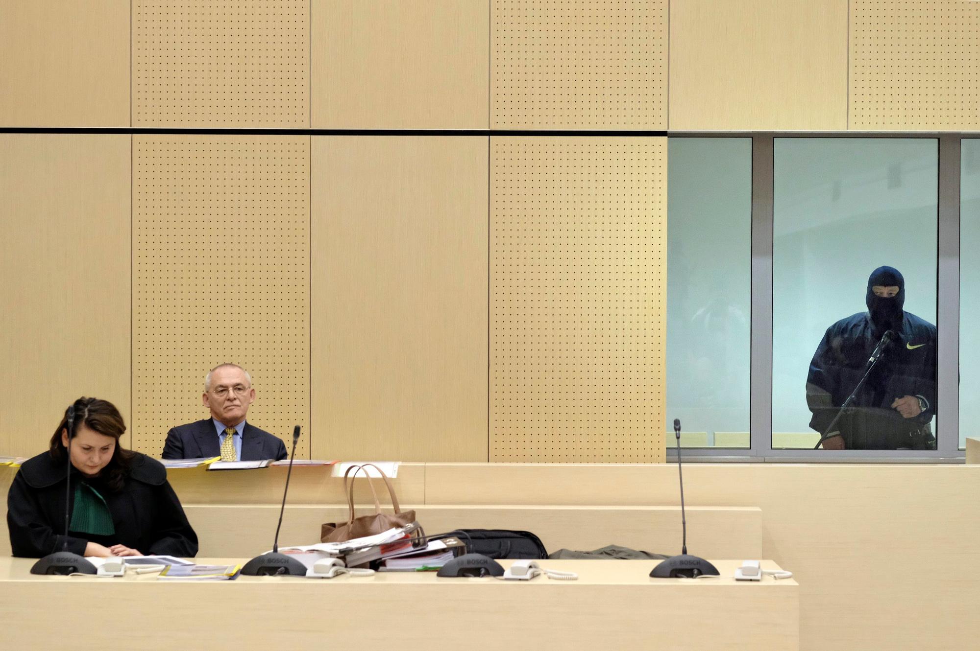 Jarosław Sokołowski 'Masa' zeznaje w procesie Aleksandra Gawronika, podejrzanego o podżeganie do zabójstwa dziennikarza Jarosława Ziętary. Marzec 2017 r. (fot. Piotr Skórnicki / Agencja Gazeta)