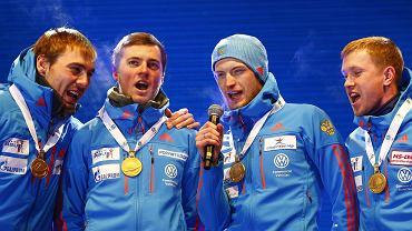 Rosjanom na mistrzostwach świata zagrali nie ten hymn. Reakcja zawodników? Klasa!