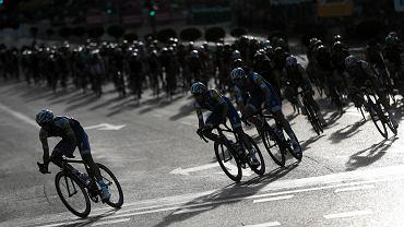 Polak wraca z mistrzostw świata w kolarstwie z medalem i złamanym obojczykiem