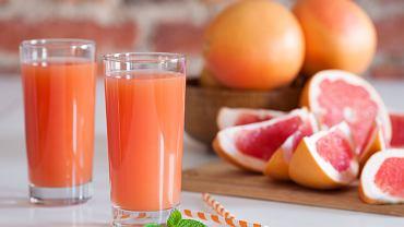 Dlaczego ze sklepów znika sok grejpfrutowy? Znamy odpowiedź, choć niełatwo było ją zdobyć