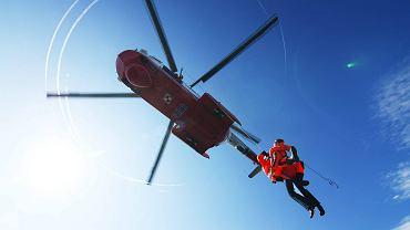 Śmiertelny wypadek podczas ćwiczeń Marynarki Wojennej na Bałtyku. Ze śmigłowca wypadł żołnierz
