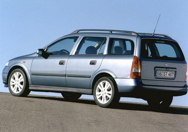 Opel Astra II