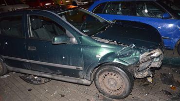 Szalony rajd 35-letniej zielonogórzanki. Nie umiała zaparkować, rozbiła pięć aut