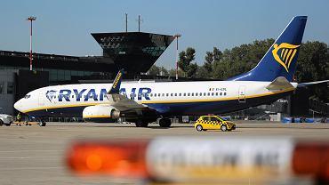 Ryanair publikuje listę odwołanych lotów. Będą odszkodowania