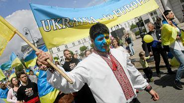 Ukraina ma duży problem, bank centralny ostrzega. A wszystko przez wzrost wakatów w Polsce