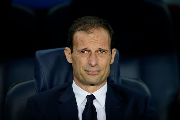 Juventus head coach Massimiliano Allegri concentrates prior the Champions League quarterfinal second leg soccer match between Barcelona and Juventus at Camp Nou stadium in Barcelona, Spain, Wednesday, April 19, 2017. (AP Photo/Manu Fernandez)