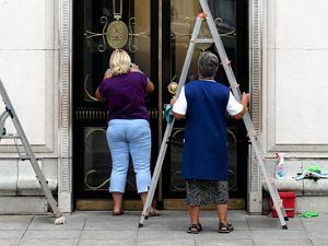 Sprzątaczki widzą więcej. ''Mieszkanie piękne, pan elegancki, a chlew niewyobrażalny''