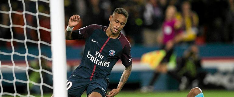 """""""Neymaaar, Neymaaar"""". Brazylijczyk zdobył Paryż! """"To jakaś magia! Szaleństwo! On przerasta poziomem cała ligę"""""""