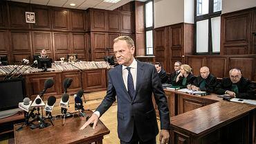 """Tusk: """"Niektóre media zasugerowały, że z Putinem zorganizowaliśmy zamach"""""""