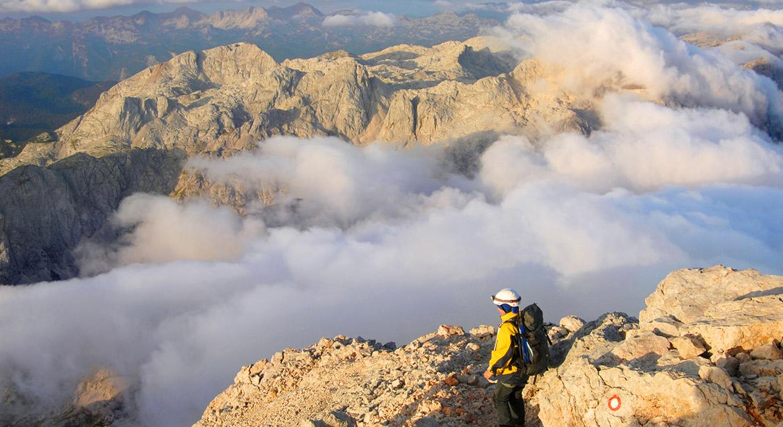 W Alpach Julijskich znajduje się potrójny szczyt Triglav - nawiasem mówiąc zdobiący również flagę Słowenii