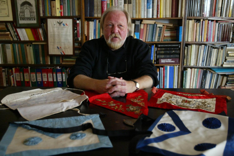 Wg prof. Tadeusza Cegielskiego główne przyczyny popularności idei odnowienia monarchii w Polsce to kryzys, nostalgia i snobizm (fot./ Sławomir Kamiński / AG)