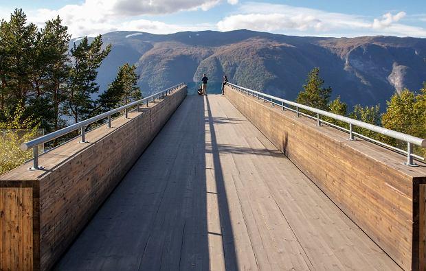 Punkt widokowy Stegastein 650 metrów nad ziemią