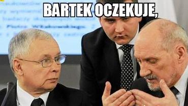 Bartłomiej Misiewicz ma dziś 27. urodziny. A my mamy dla niego prezent - 27 najlepszych MEMÓW