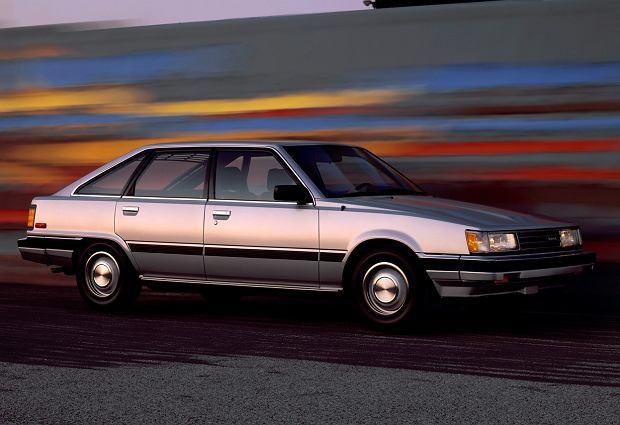 Toyota Camry Liftback 1984-86