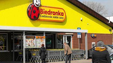 W Biedronce przyznają, że w Polsce jest problem ze znalezieniem pracowników