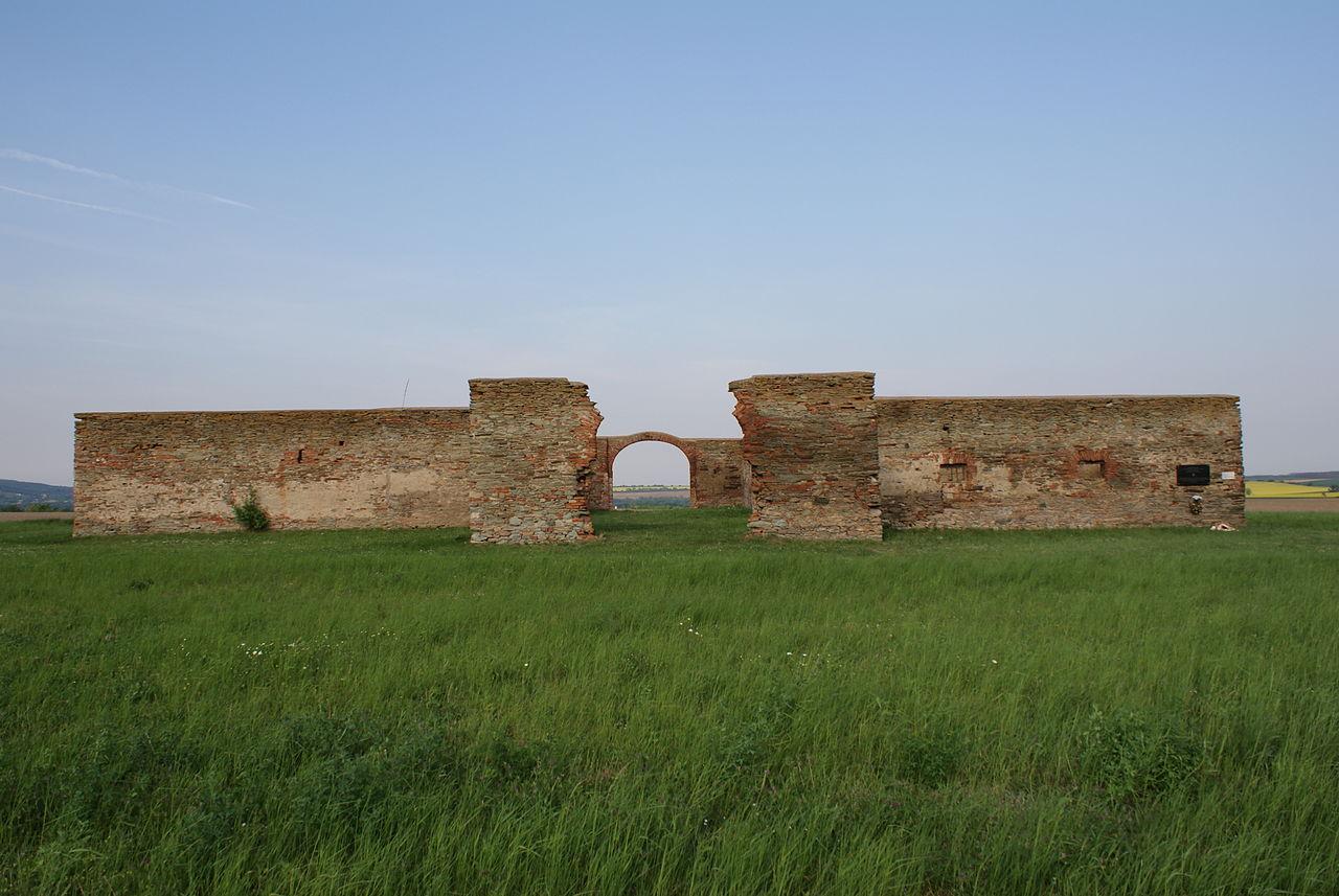 W miejscue tragedii postawiono pomnik znany jako Krzyż Stadlober (fot. commons.wikimedia.org)