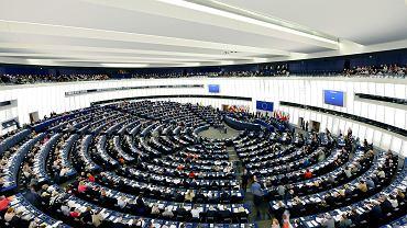Europarlament ma wycofać się z art. 7. Ale spokojnie, przecież KE wszczęła procedurę