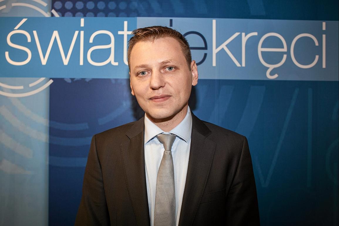 }01.04.2014 Warszawa , TVP . Norbert Maliszewski - wydawca programu  Swiat sie kreci ' .Fot. Julia Mafalda / Agencja Gazeta