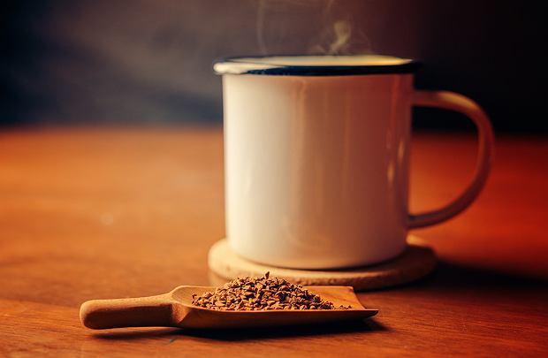 Kawowa pomoc w domowych sprawach