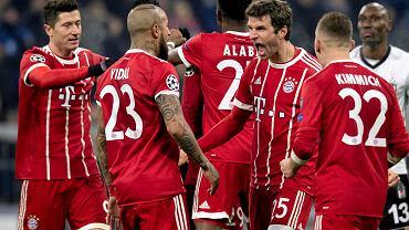 Gol Lewandowskiego! Bayern zmiażdżył grającego w dziesiątkę rywala!