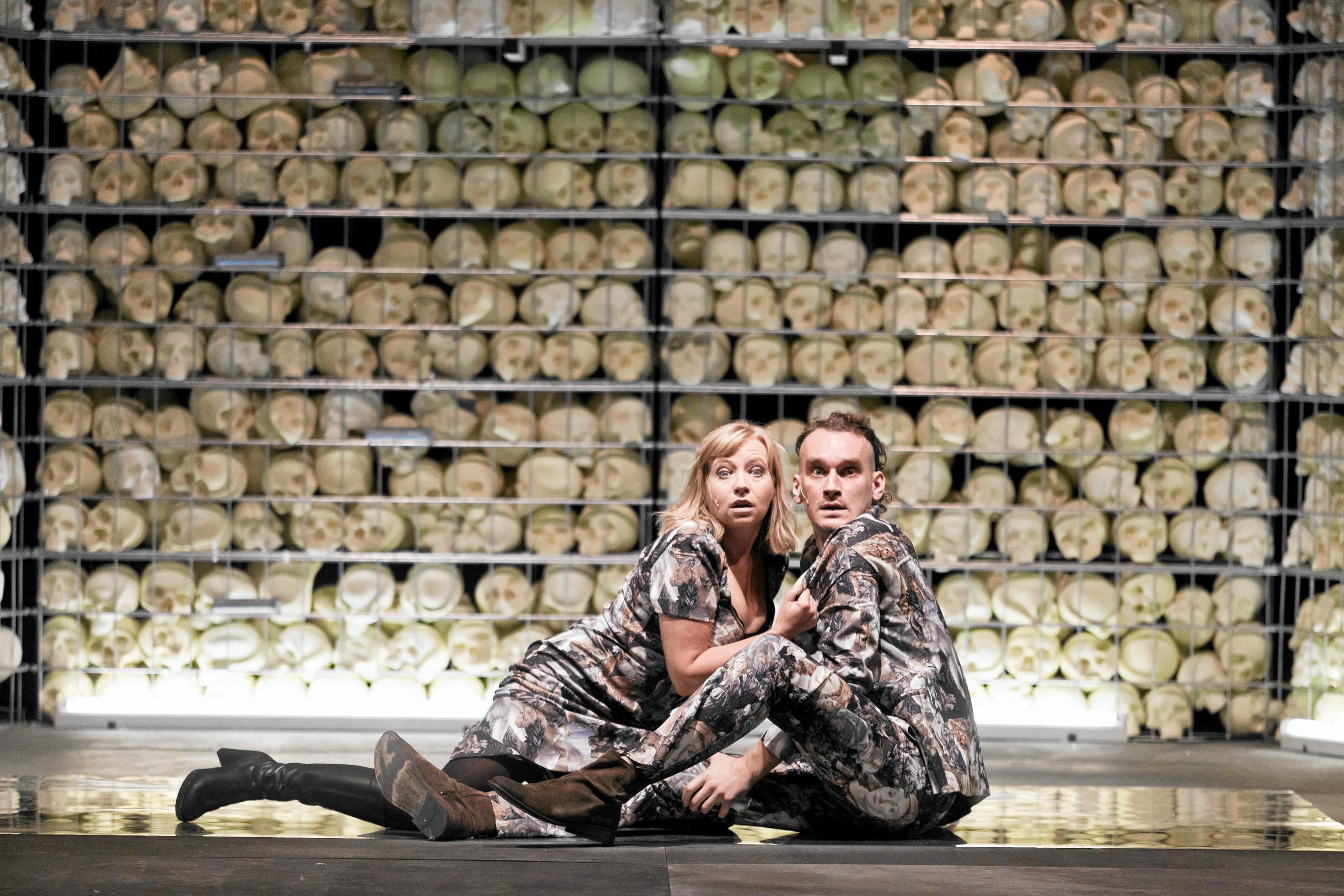 Krzysztof Zarzecki i Dorota Segda podczas próby spektaklu 'Do Damaszku' w reżyserii Jana Klaty (fot. Michał Łepecki / Agencja Gazeta)