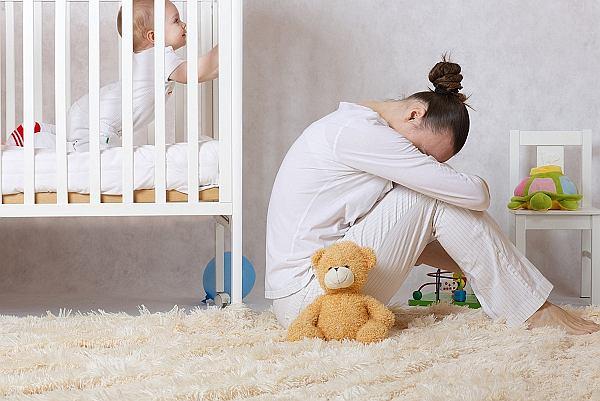 32-letnia kobieta trafia do pogotowia. Jest przekonana, że jeśli nie odizoluje się jej od dziecka, może je skrzywdzić. To choroba