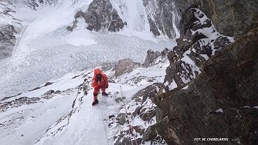 """Bielecki opowiada o akcji na K2. """"Tego nie da się opisać. Tak bardzo potrafi być tam ciężko i okropnie"""""""